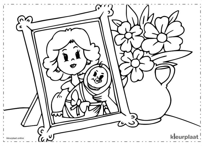 Een foto en een boeket bloemen als Moederdag cadeau